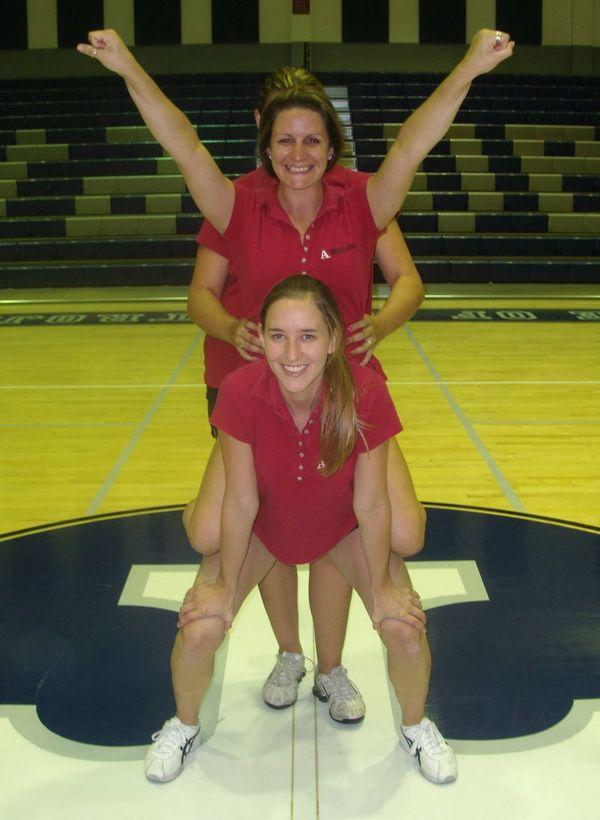 Cheerleading Stunts For Beginners Cheerleading Info Center